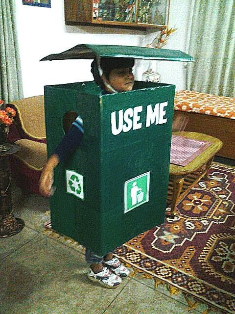 "EVEN THE DUSTBIN SAYS, ""USE ME!"""