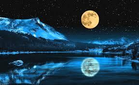 Shy Moon !